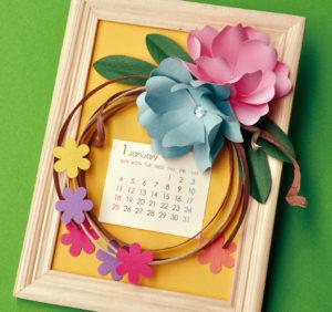 お花のペーパーデコレーション輪飾りのフレームをつくろう